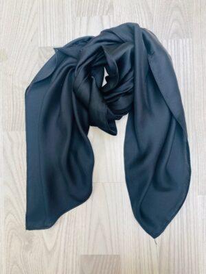 lille sort tørklæde dame i silkelook
